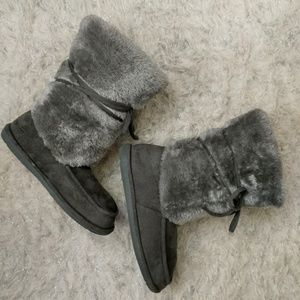 Shoes - Fuzzy Gray Bootie Slippers - Size XL (11-12)